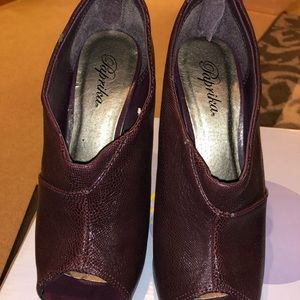 Open toe purple ankle boots. Size 7.5